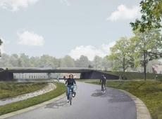 Een mogelijk beeld van hoe de ophoging van de Rijksweg er zou kunnen uitzien. Een concreet ontwerp of budget is er nog niet. - Foto RV