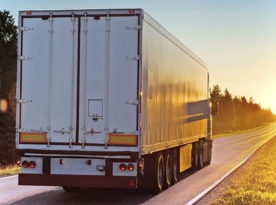 Stad Izegem start onderzoek voor vrachtwagenparking op
