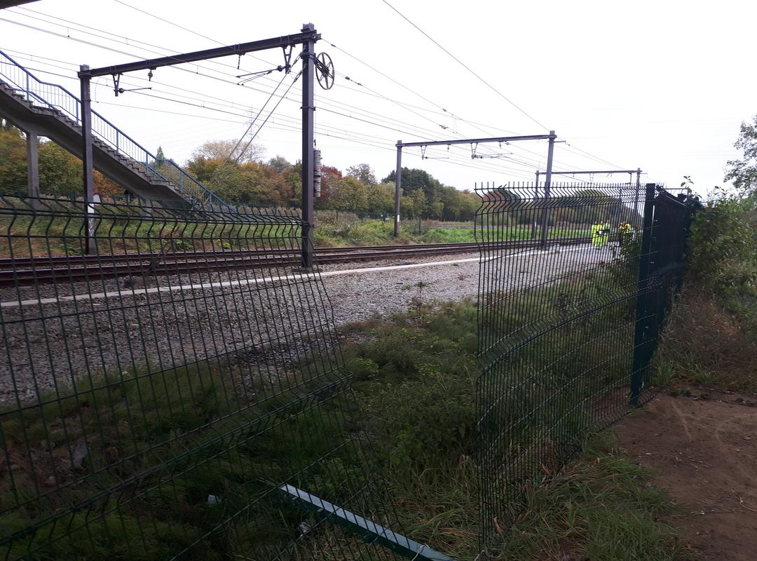Herstelwerken aan omheining spoorlijn Brugge-Kortrijk