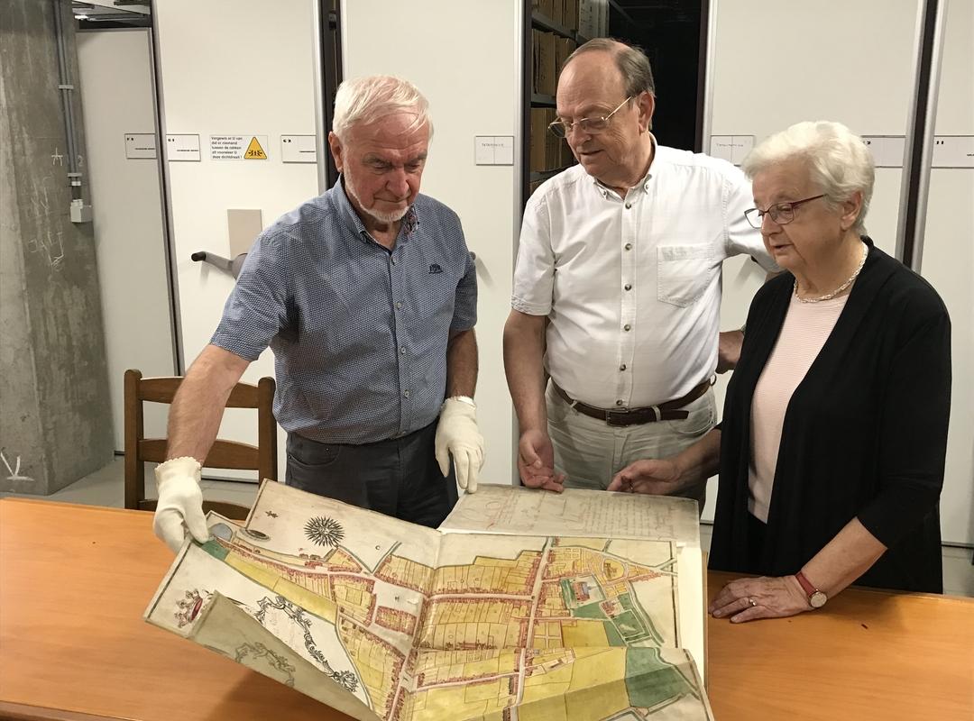 Stad Izegem zet binnenkort inventaris van historisch stadsarchief online
